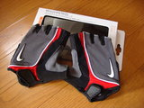 nikegloves_090329.jpg